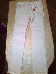 Новые белые джинсы. НЕДОРОГО.